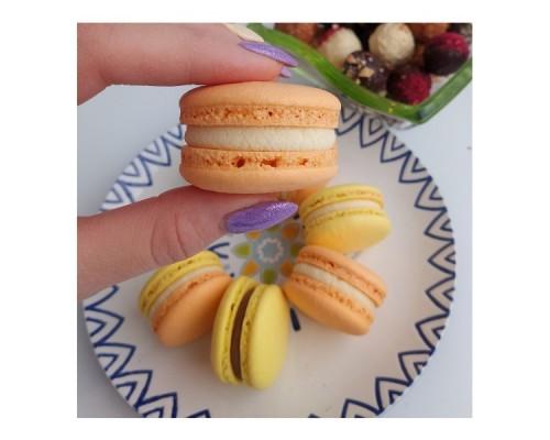 Макаронсы - французское миндальное печенье с начинкой, 10 шт