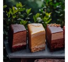 Пирожные муссовые в ассортименте, 3 шт. 300 - 350 гр
