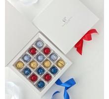 Набор корпусных конфет на свадьбу (годовщину свадьбы) в коробке 16 шт
