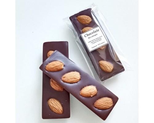 Натуральный шоколад ручной работы с орехами Миндаль 25 гр