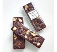Натуральный шоколад ручной работы с орехом Грецким и инжиром без сахара 25 гр.