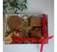 Шоколадный набор на день учителя, первокласснику на 1 сентября, 4 фигуры (Орхидея), 275 гр