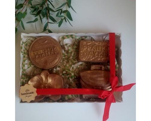 Шоколадный набор на день учителя и первокласснику, 4 фигуры (Орхидея)