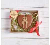 Шоколадная фигурка девушке Влюбленная пара, 75 гр