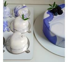 Торт на день рождения ребенку, сыну с муссовыми десертами