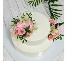 Муссовый 2 х ярусный торт вес 3 - 3,2 кг